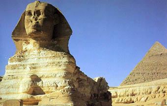 Sfinxen, och farao Chefrens pyramid